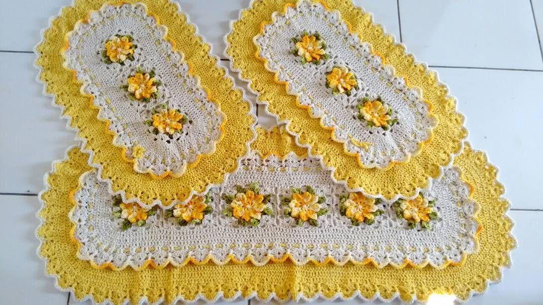 izamaralopess Jogo de Cozinha Pronto Pronto Muito Amor Envolvido... Encomenda Já o seu pelo o Whataspp 984390921  #barroco #circulo #barrocomulticolor #artezanato #crochetanto #feitoamao #artesanatobrasileiro #artesanato #artesa #semprecirculo #crocheting #instacrochet #love #lovecroche #croche  #crochetando ...