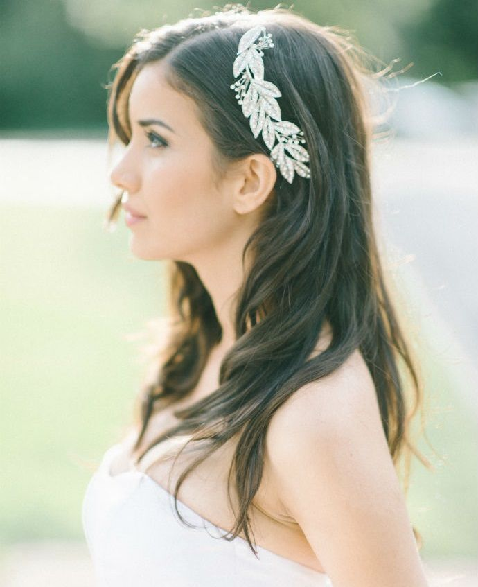 natural bridal hairstyles for straight and long hair down