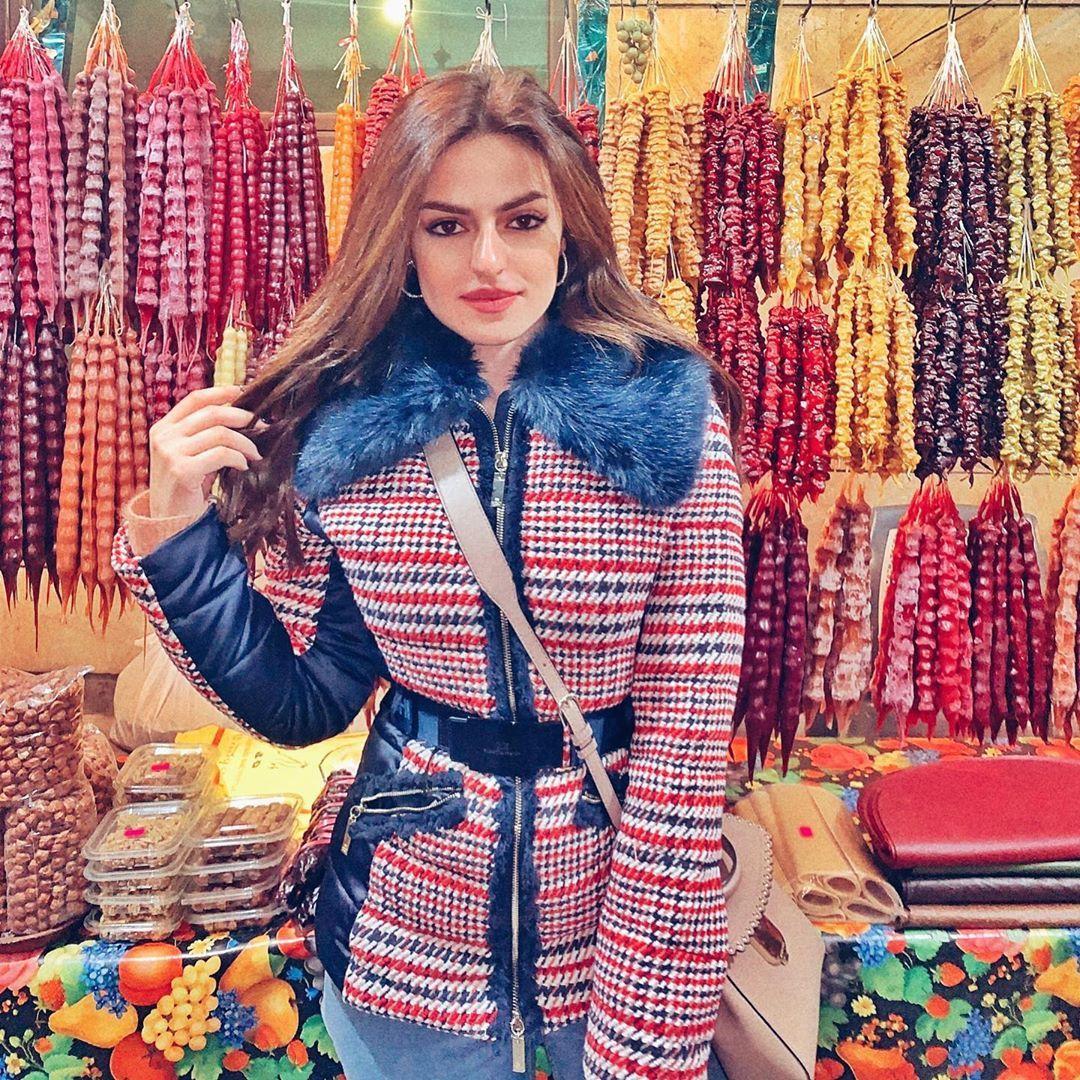 Safa Srour صفا سرور On Instagram Tbilisi مين منكم بيعرف انو نصي جورجي Dresses With Sleeves Fashion Long Sleeve Dress