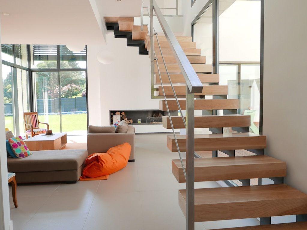 Vente maison contemporaine t8 charbonnieres 5 chambres Achat villa Ouest lyonnais - Sainte Foy Immobilier