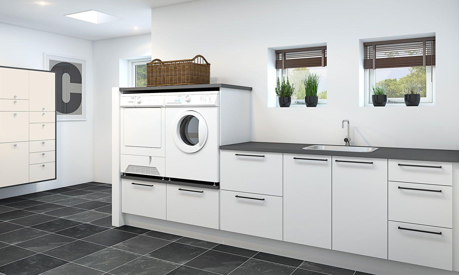 Vaskerom: Praktisk arbeidsbenk og hevede vaskemaskiner | P - TV2c ...