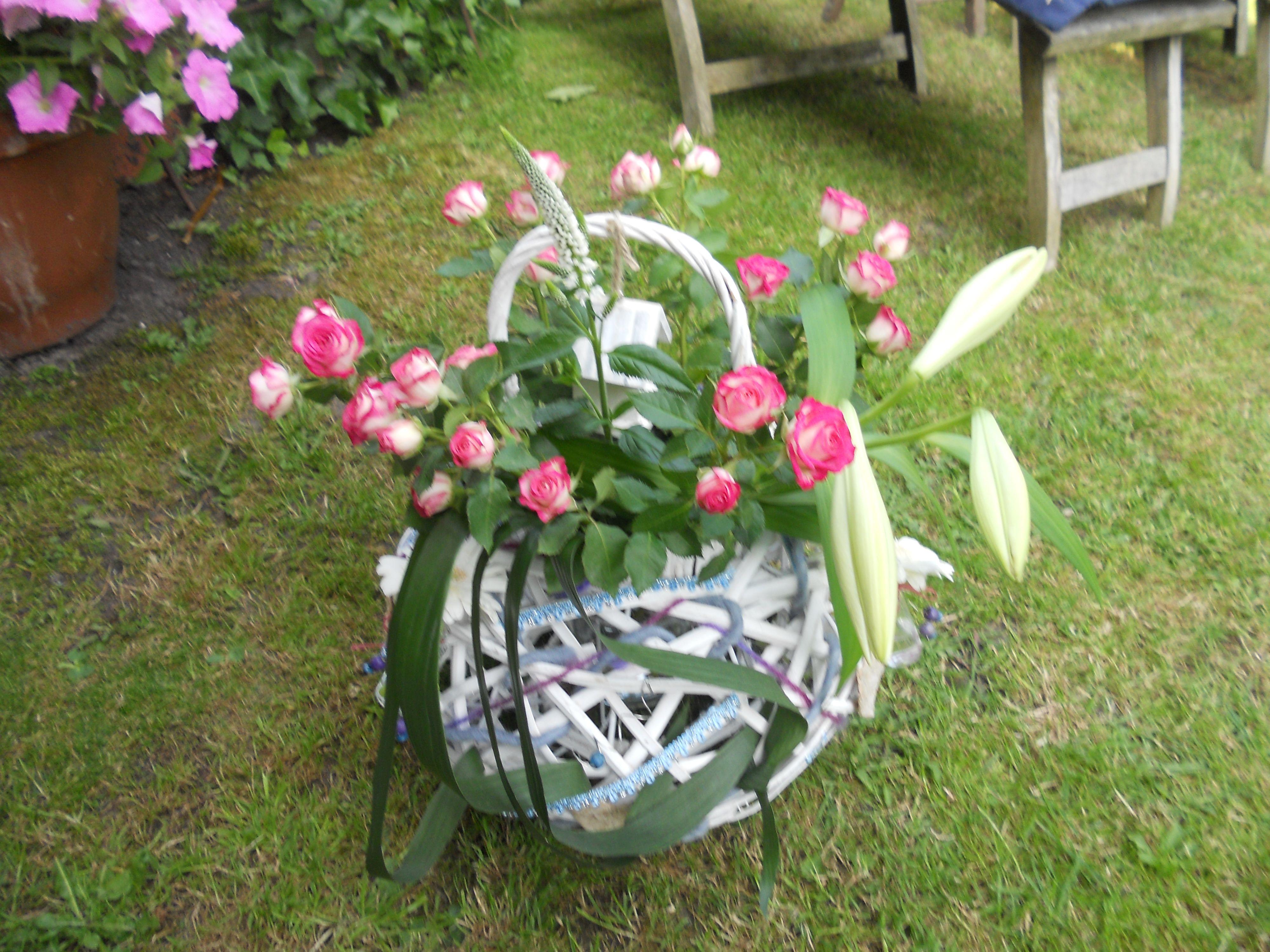 wind licht opgemaakt met bloemen