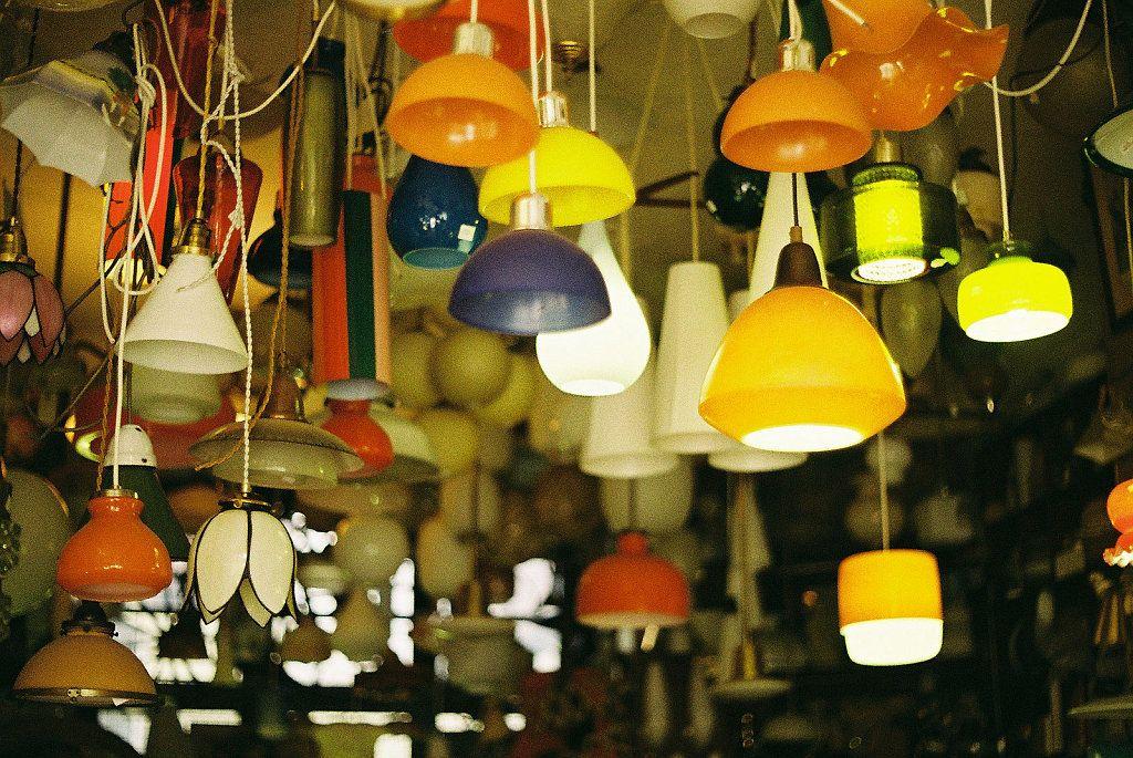Cómo instalar una lámpara colgante