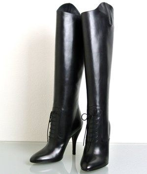 GUCCI Elizabeth High Heel Leather Riding 304702 New Black Boots. Get the must-have boots of this season! These GUCCI Elizabeth High Heel Leather Riding 304702 New Black Boots are a top 10 member favorite on Tradesy. Save on yours before they're sold out!