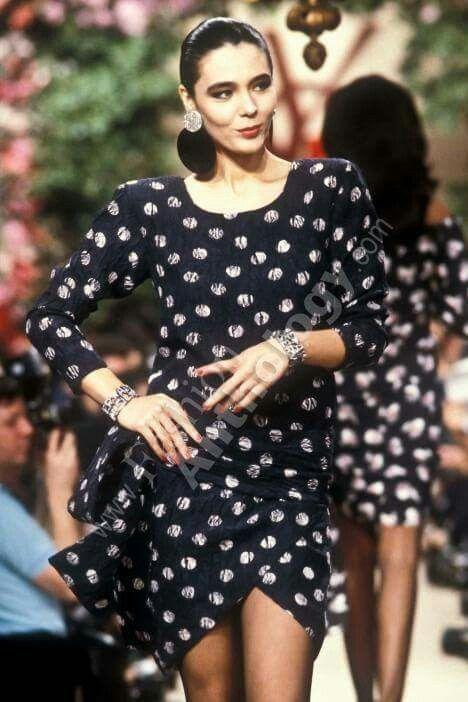604b8c5c040 Yves Saint Laurent | Spring 1987 | Yves Saint Laurent Haute Couture ...