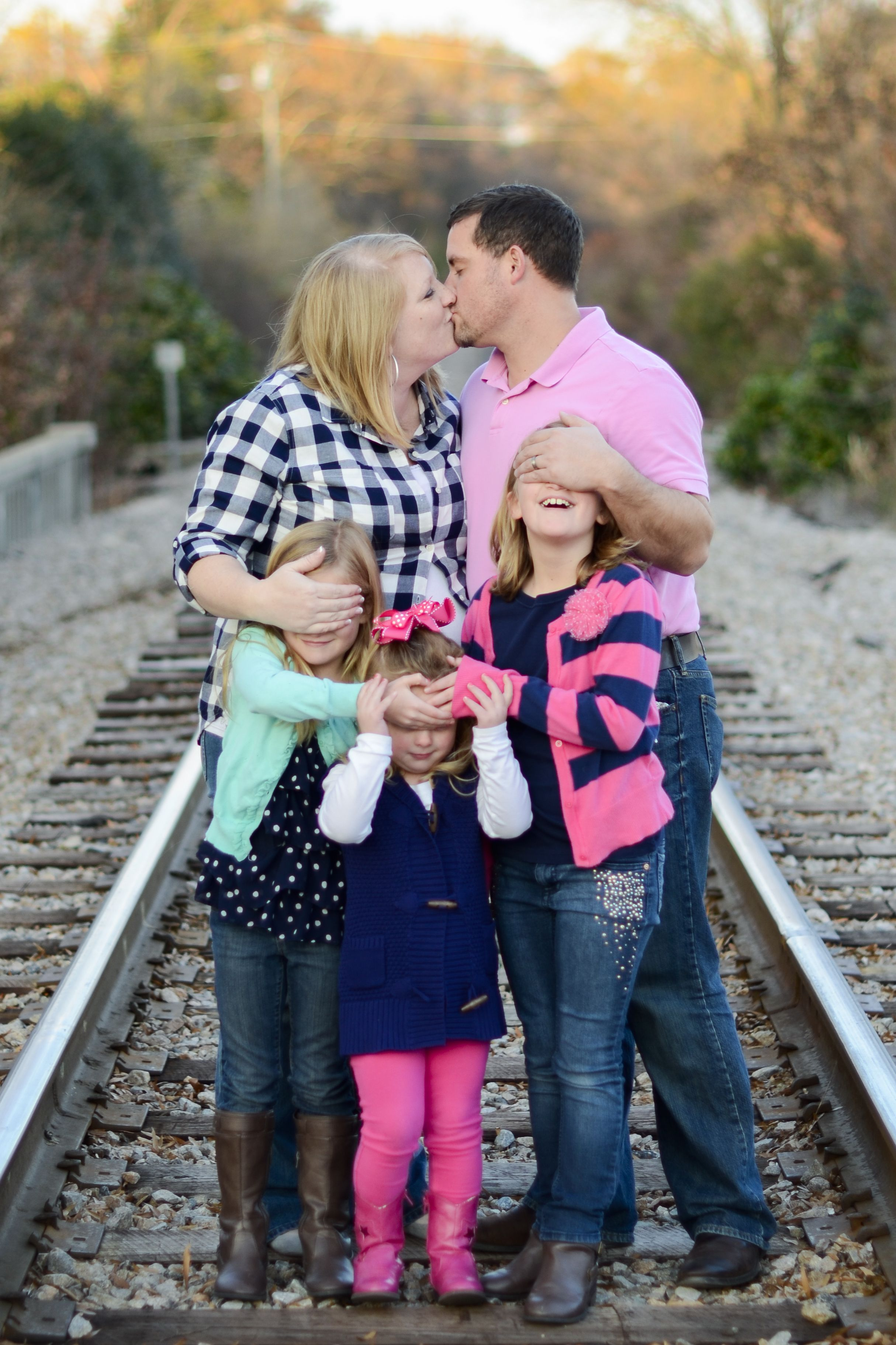 Funny family photos poses