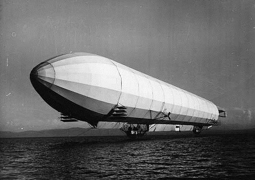 Airship Lz4 Over The Bodensee Zeppelin Airship Airship Airship Balloon