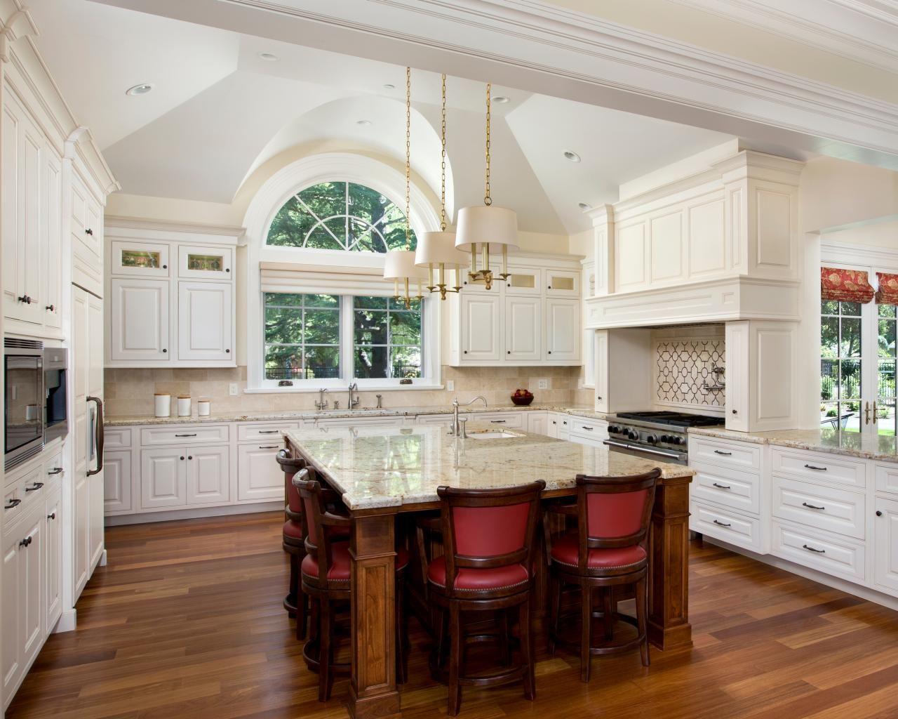 oversized kitchen island