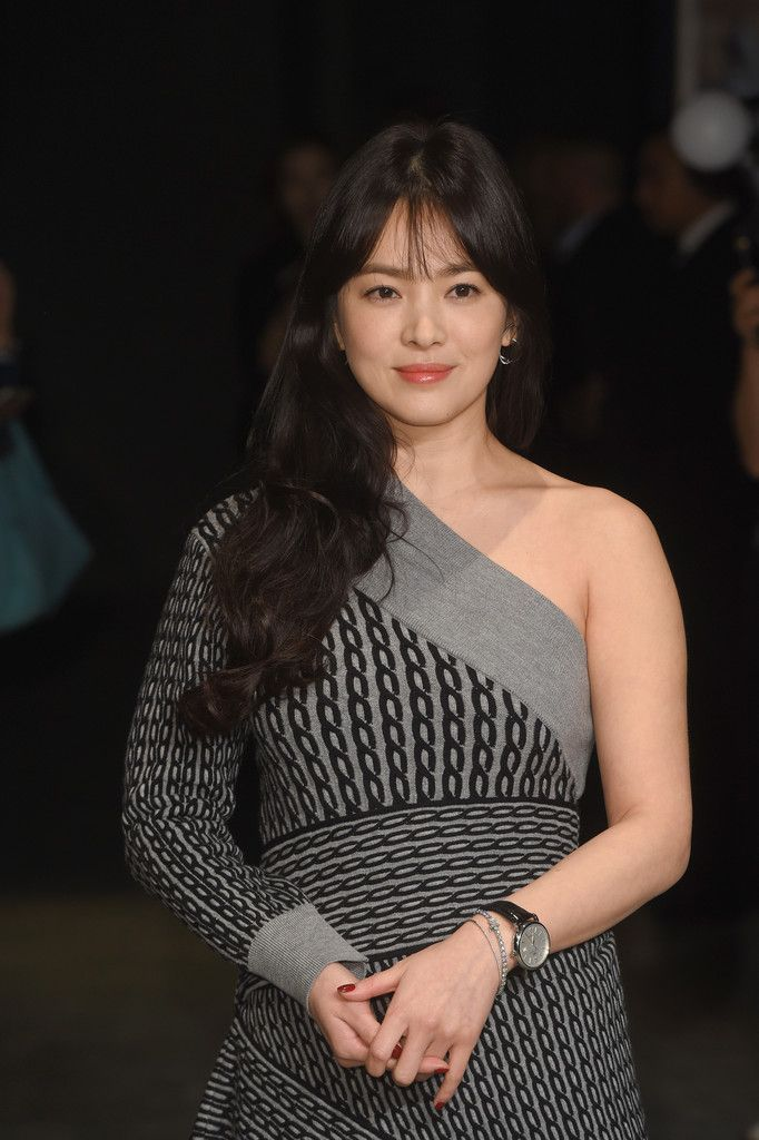 Song Hye Kyo Photos Photos Burberry Arrivals Lfw