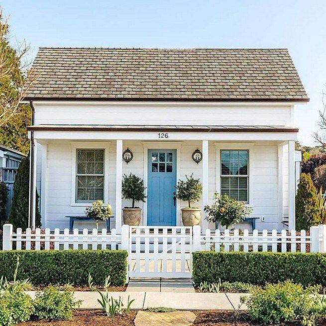 21 Perfect Cottage Exterior Colors Schemes Ideas Lmolnar Cottage Exterior House Exterior Cottage Homes