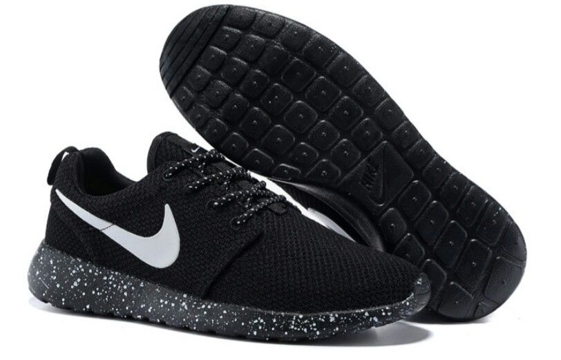 look for outlet store sale buy sale Le produit Chaussure nike roshe run noir point blanc homme est ...