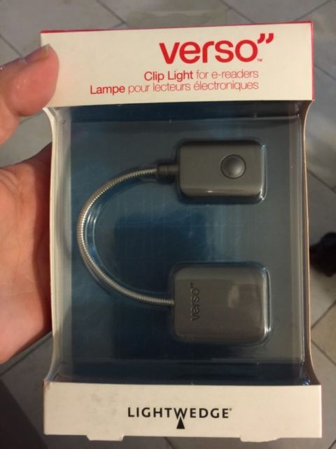 Brand New Verso Clip Light For Ereaders Kindle Kobo Nook W Batteries Ebay Clip Lights Ebay Batteries