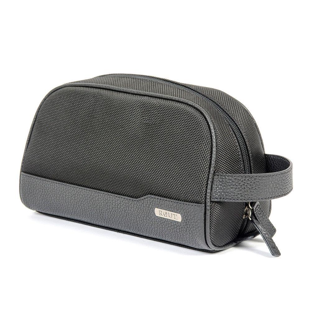 Traveler Clamshell Toiletry Bag  96fb3b69da735