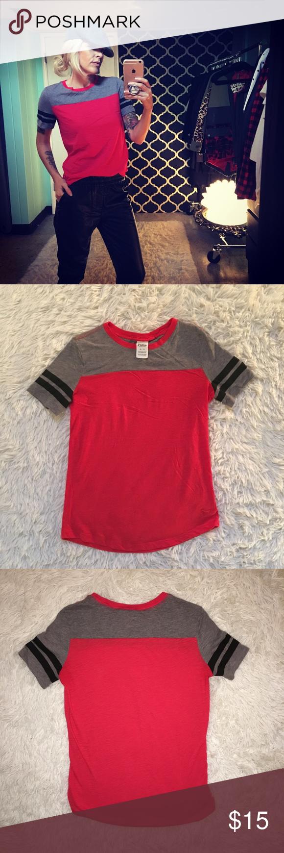 PINK Victoria's Secret T-Shirt PINK Victoria's Secret T-Shirt. Size XS.  60% Cotton, 40% Polyester. Excellent condition. PINK Victoria's Secret Tops Tees - Short Sleeve