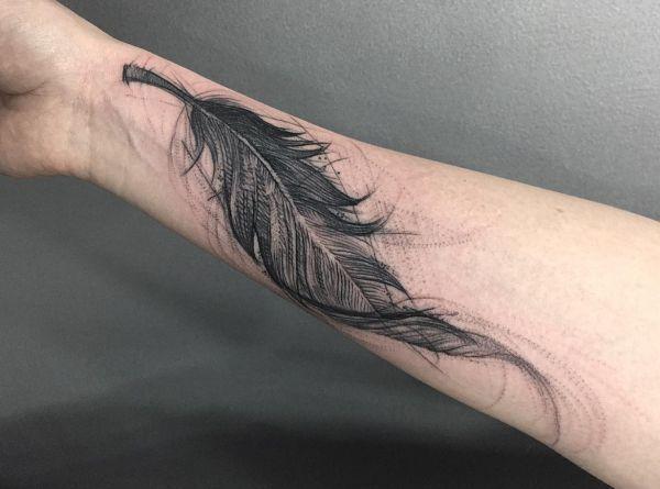 feder tattoos entw rfe ideen und bedeutungen tatuaz pinterest quill entwurf und tattoo. Black Bedroom Furniture Sets. Home Design Ideas