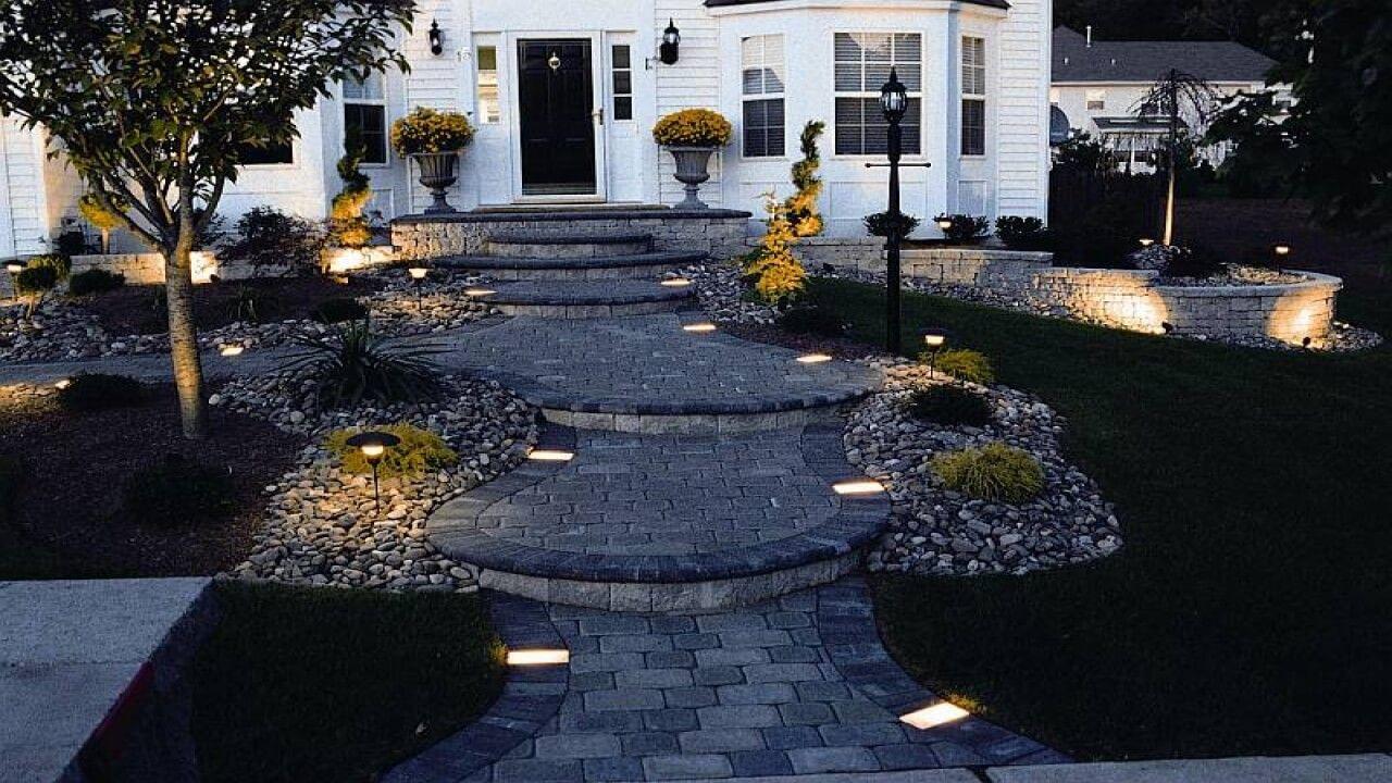 21 walkway lights that enhance your pathways beauty pinterest outdoor walkway lighting design ideas aloadofball Image collections