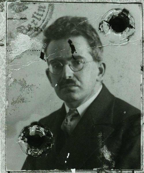 003 Walter Benjamin's passport photograph from 1928 courtesy