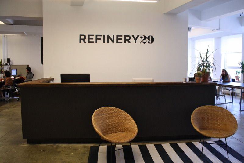 A Sneak Peek Inside Refinery29 With Images Reception Areas