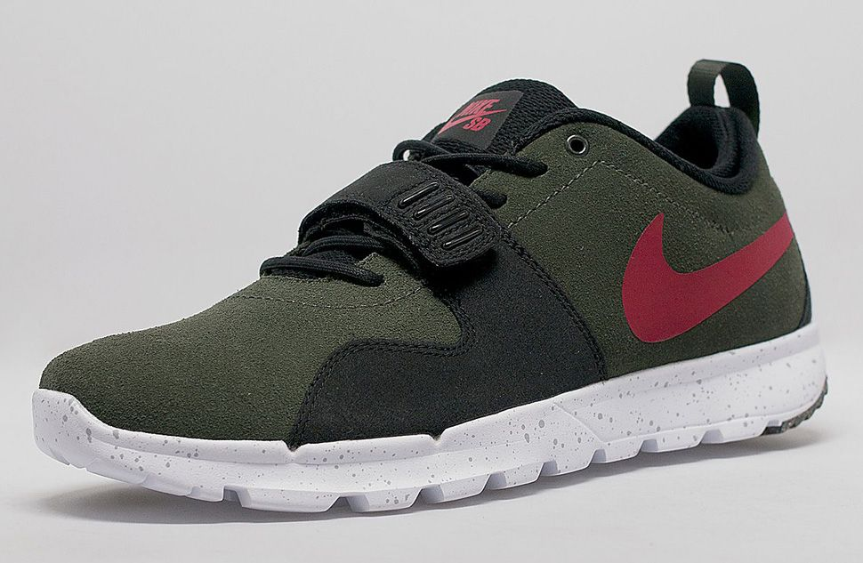 "64cbe59ea4a5 Nike SB Trainerendor ""Sequoia   Gym Red"""