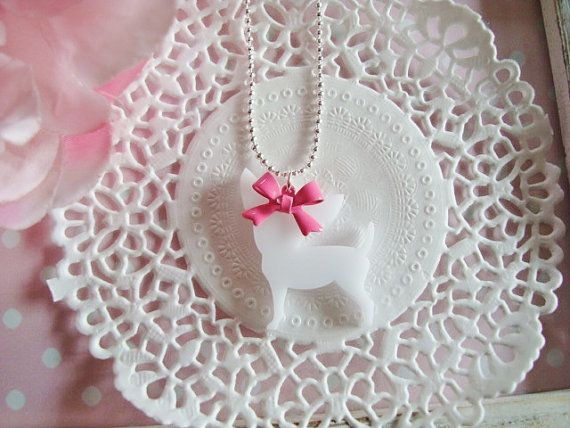 Chihuahua With Bow Necklace Choose Your door Wonderfullmoments6, €5.20