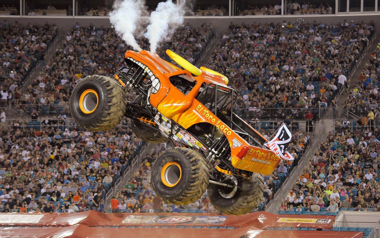 El Toro Loco Monster Trucks Pinterest Monster Trucks