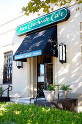 Joes Creekside Vv Cafe