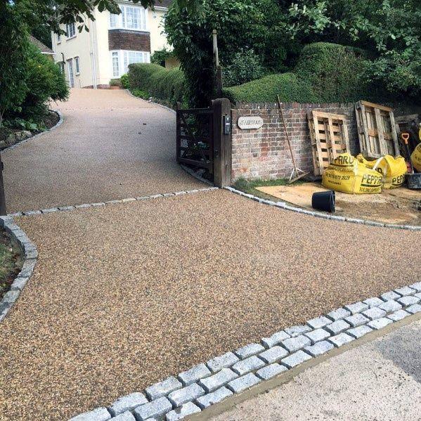 Best Front Garden Designs For Kerb Appeal: Top 60 Best Gravel Driveway Ideas