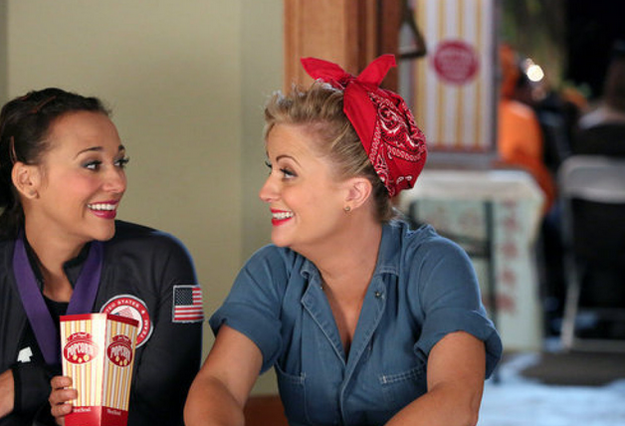 leslie from parks and recreation as rosie the riveter - Tv Characters Halloween Costumes