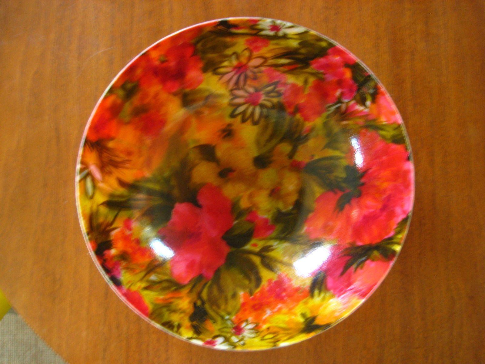 Vintage 1960s Fiberglass Salad Bowl 11\