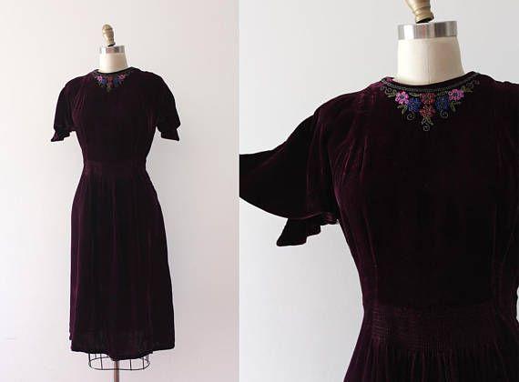 vintage 1930s dress 30s velvet beaded dream dress. Black Bedroom Furniture Sets. Home Design Ideas