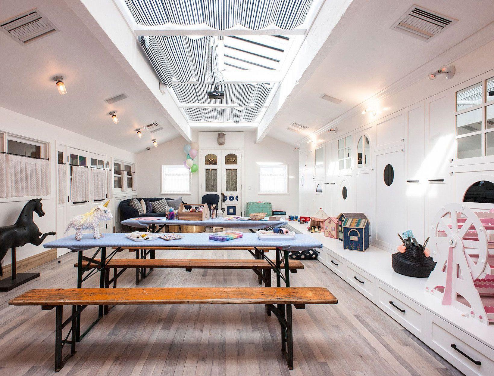 15 Restaurants For Kid Friendly Carryout In Los Angeles Kid Friendly Restaurants Los Angeles With Kids Kids Restaurants