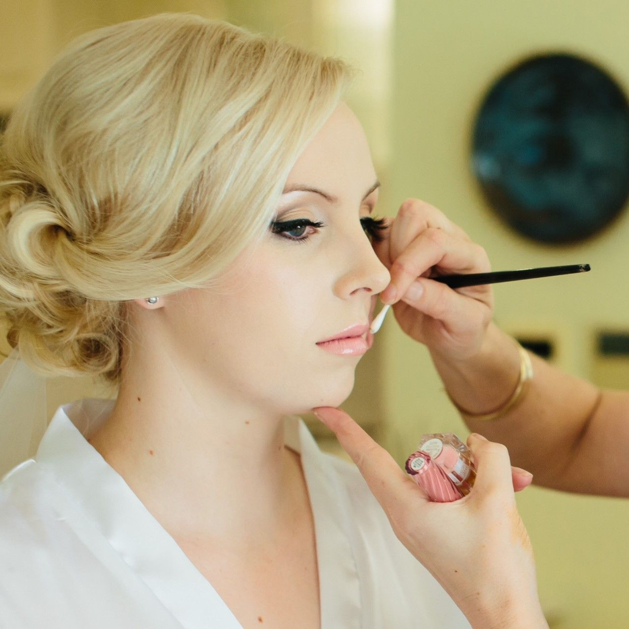 Bridal makeup artists and hair stylists, based in Perth