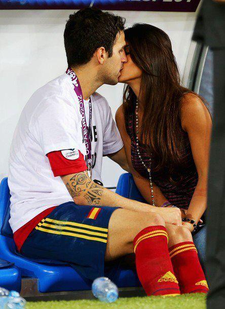 Fabregas Kissing Girlfriend
