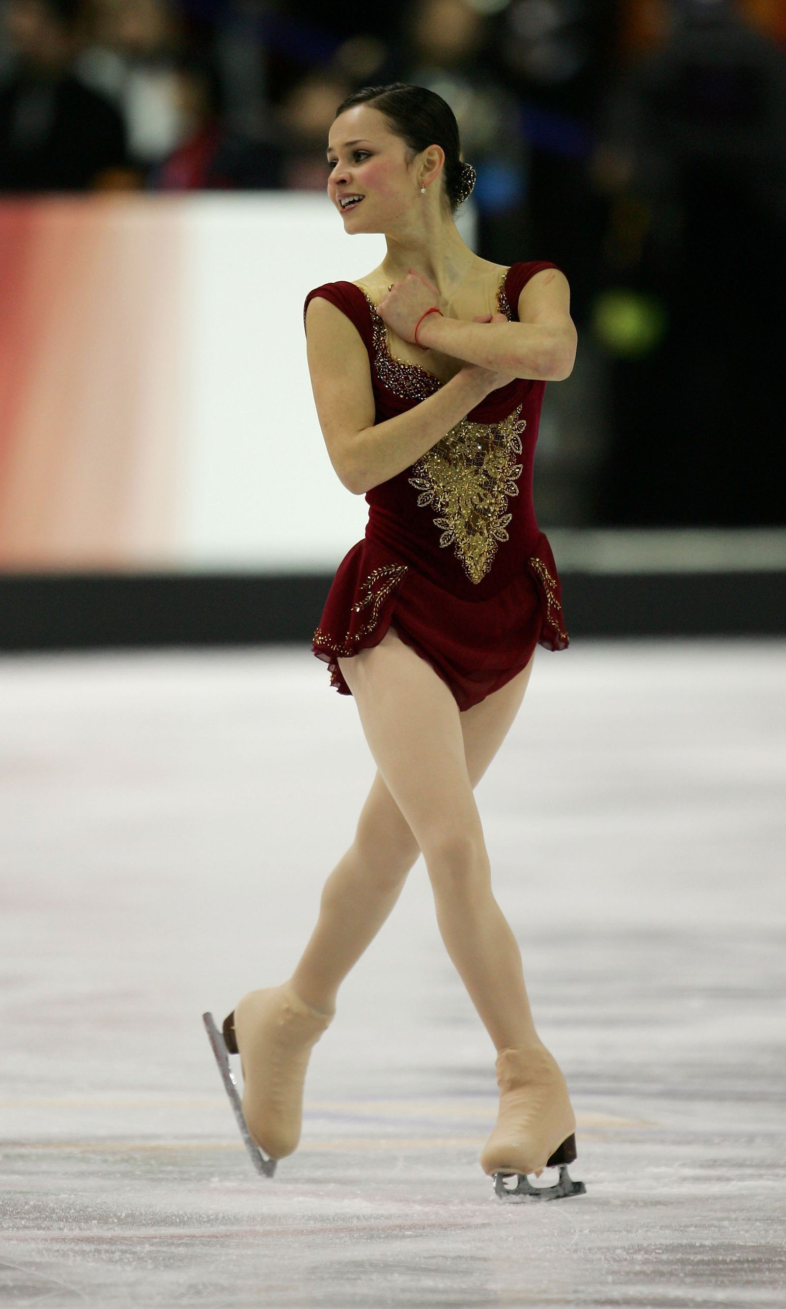 35 of the Best Olympic Figure Skating Outfits of All Time ... f9224bec8