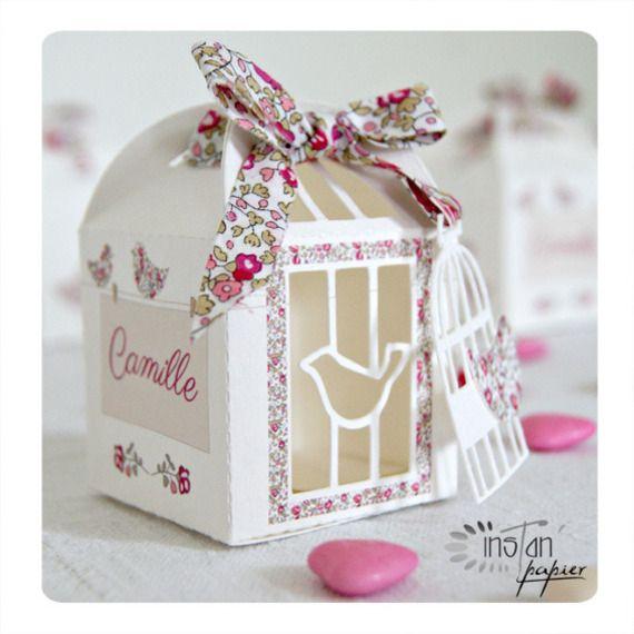 boites drag es pour bapt me th me cage et oiseaux avec ruban liberty rose fuchsia et beige. Black Bedroom Furniture Sets. Home Design Ideas
