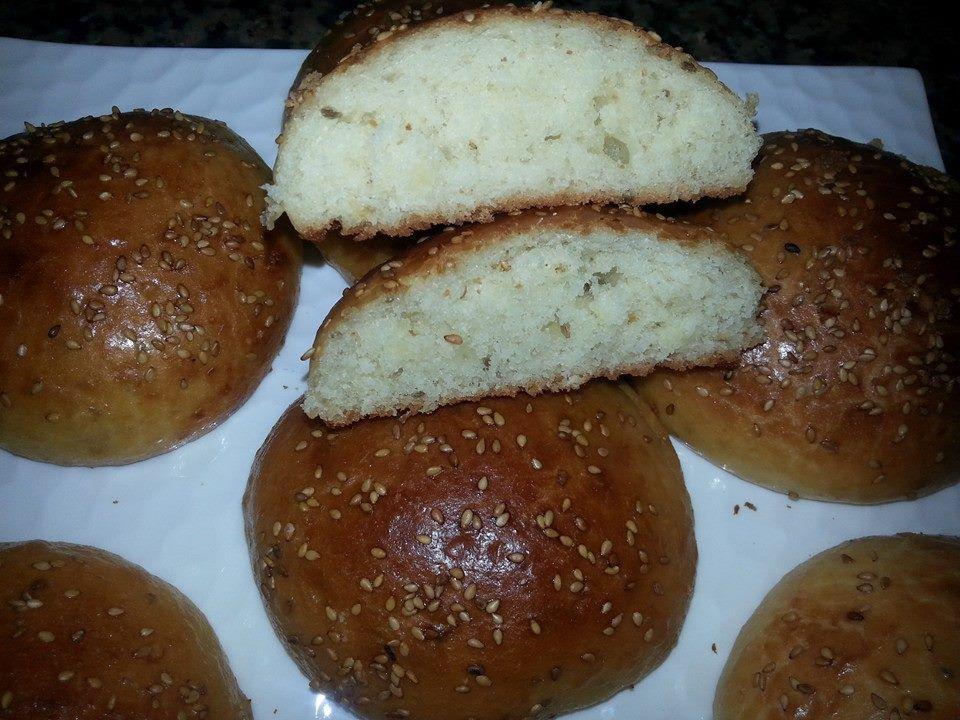 مقادير و طريقة تحضير الكرص كيجي رطب و هشيش Food Pretzel Bites Bread