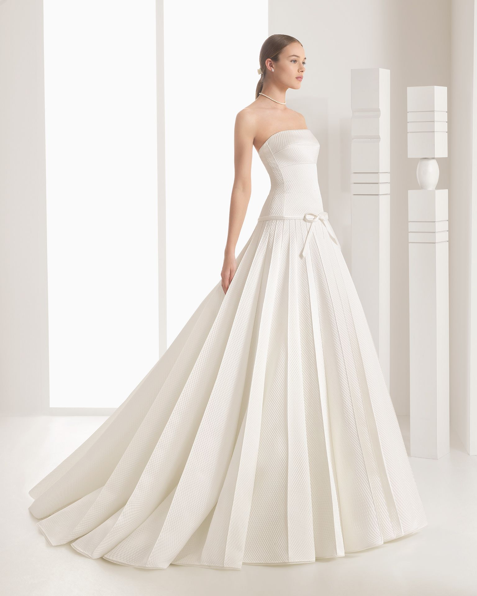 Dresses For Vow Renewal Ceremony: Sposa 2017. Collezione Rosa Clará In 2019
