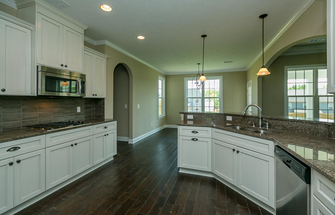 Kitchen Spacious Highceilings Whitecabinets Home Kitchens Kitchen Home Decor