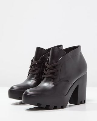 Ghete Calvin Klein dama negre cu platforma si toc gros