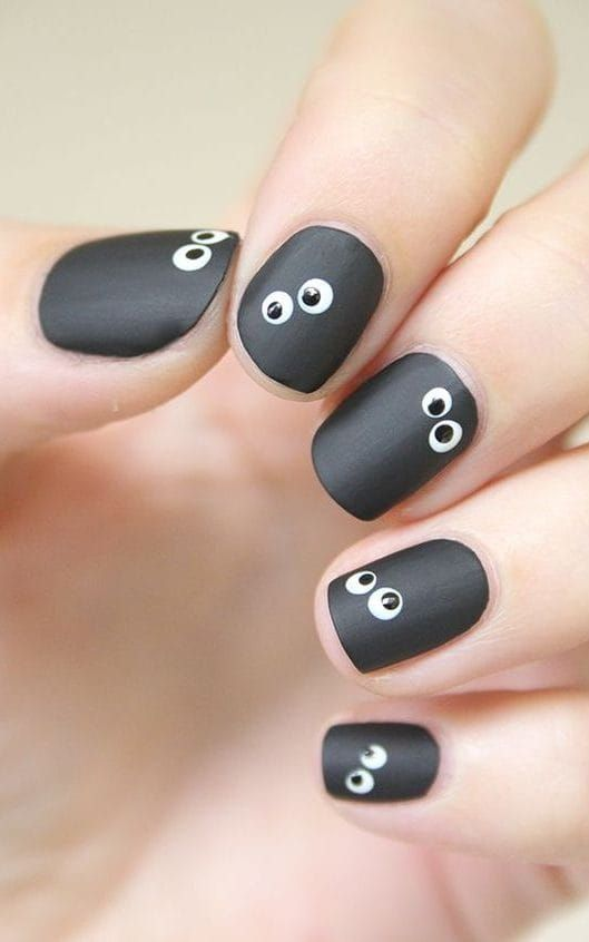 Spooky but simple nail art ideas for Halloween in 2020 ...