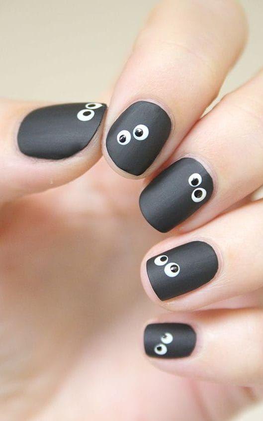 Spooky but simple nail art ideas for Halloween