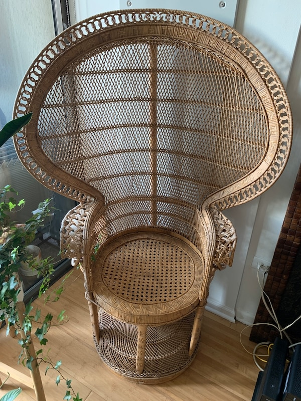 Sold Vintage Wicker Peacock Chair In Chicago Letgo Wicker