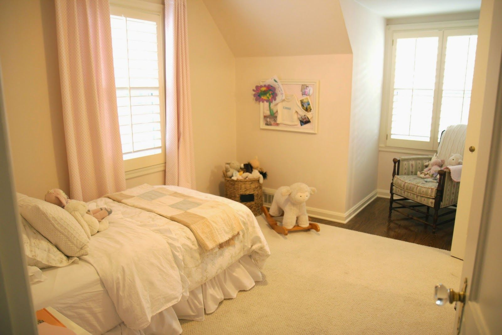 Jenny Steffens Hobick: Emma's Big Girl Room