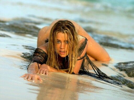 denise-richards-naked-pussy-lips-xxx-virgin-young