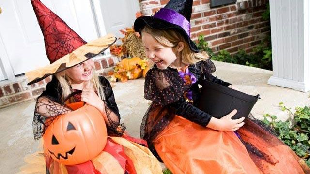 5 tricks to scaring up a safe Halloween. #Lubbock #Halloween   (article originally posted on EverythingLubbock.com)