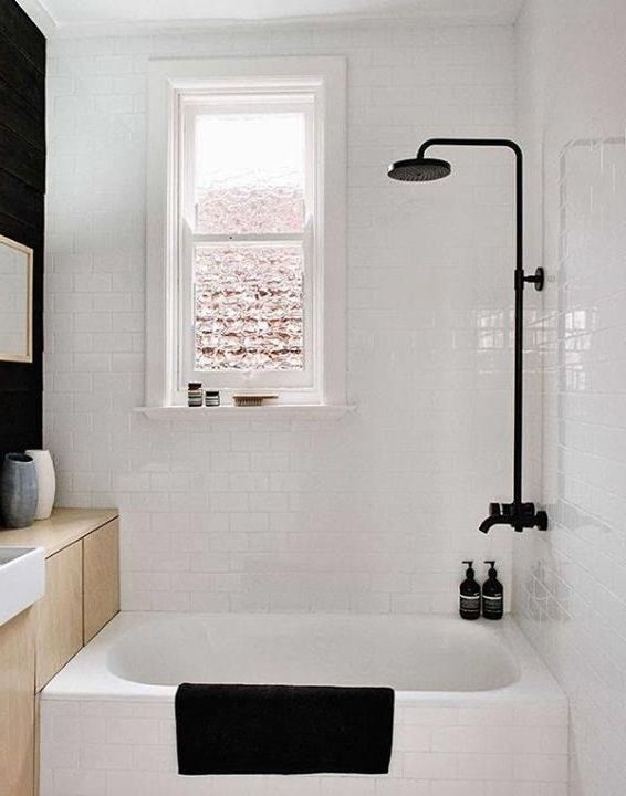 Bathroom 25 Best Ideas About Small Bathtub On Pinterest Tub Regarding Bathtubs With Shower Beds Tulsa House Bathroom Designs Small Bathtub Tiny House Bathroom