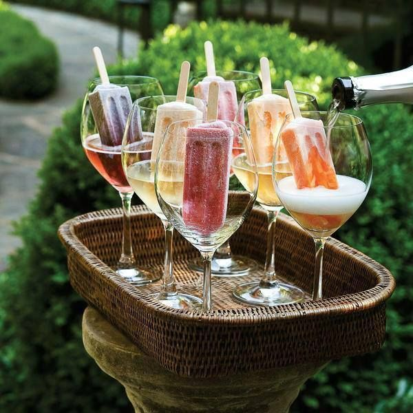 MOSCATO WINE PUNCH - Including Over 40 of the BEST Summer Cocktails #champagnepopsicles
