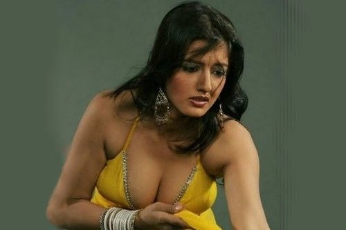 Twinkle khanna boob galleries 380