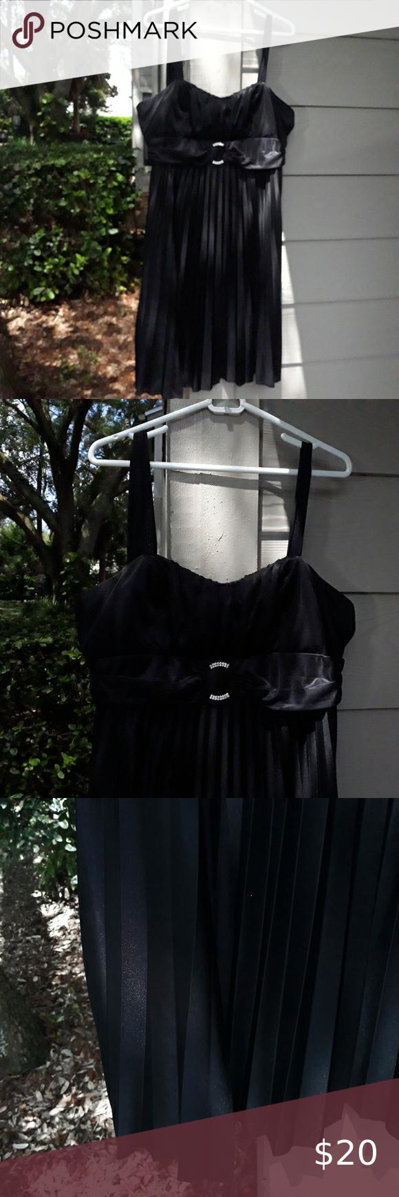 Star Box Satiny Rhinestone Little Black Dress Xl In 2020 Little Black Dress Black Dress Dresses [ 1740 x 580 Pixel ]