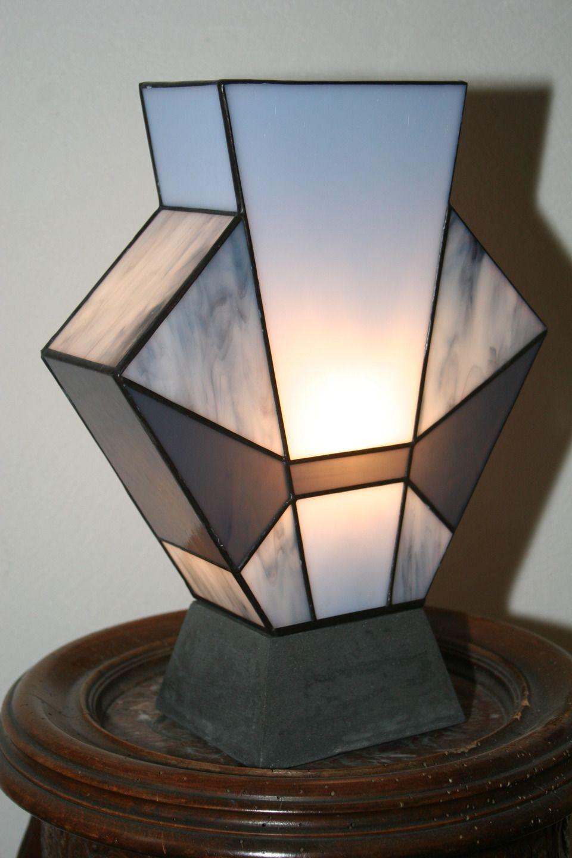 lampe art d co vitrail tiffany simplissime jean 39 s socle. Black Bedroom Furniture Sets. Home Design Ideas